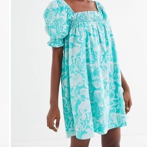 URBAN OUTFITTERS PUFF SLEEVE BABY DOLL MINI DRESS